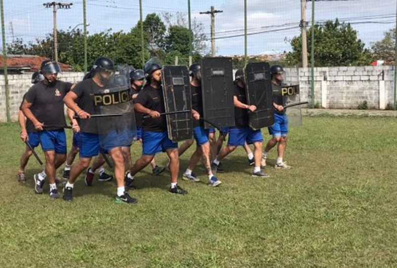 Pelotão da Força Tática treina Polícia Militar de Avaré