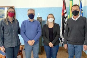 Keli Machado Miron assume a Secretaria Municipal da Educação de Sarutaiá