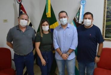 Deputado federal Vinícius Carvalho visita Taguaí