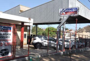 Comprar ou trocar de carro é na Kabeção Veículos em Fartura