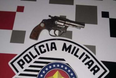 Homem é preso por ameaça e porte de arma de fogo em Fartura