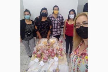 Entrega de Kits e atividades aos alunos dos projetos sociais de Sarutaiá