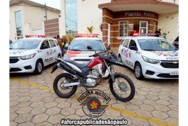 Polícia Militar recupera moto furtada em Avaré