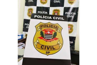 Jovem é encontrada morta a facadas dentro de carro em Itaí; ex-marido é suspeito