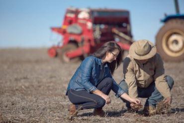 Sicredi está entre as instituições que mais liberaram recursos  ao agronegócio, segundo rankings do BNDES e FEBRABAN