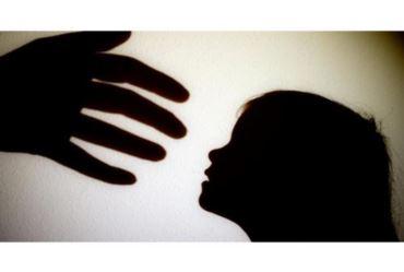 Pai é acusado de estuprar a própria filha de 13 anos
