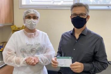 Sarutaiá vacina pessoas de 50 a 59  anos contra covid-19 no município