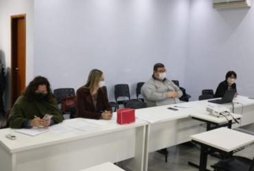 Gestores de Educação participam de reunião da Amvapa