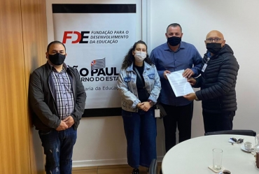 Prefeito Betinho pleiteia ampliação de mais salas de aulas em Coronel Macedo